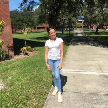 Babysitter Fort Myers: Samantha