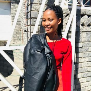Babysitter in Blouberg (Western Cape): Mpho