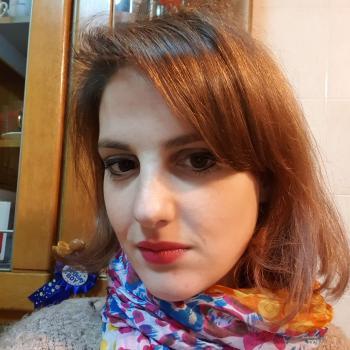Nanny Surbiton: Luciana