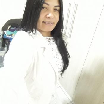 Babysitter Guarulhos: Adriana