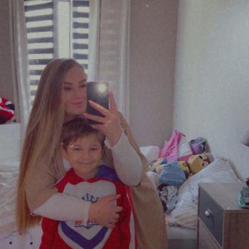 Baby-sitter in Montigny-le-Bretonneux: Brenda