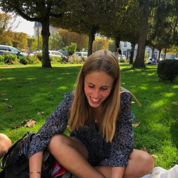 Baby-sitter in Sèvres: Clara