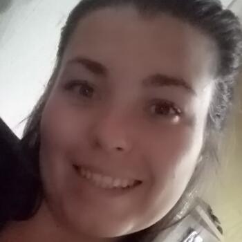 Niñera Pando: Roxana