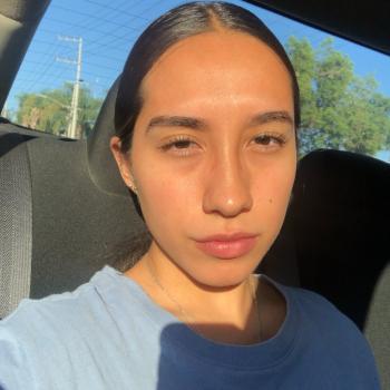 Babysitter in Nuevo México: Jennifer Adriana
