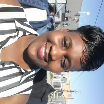 Babysitter in Blouberg (Western Cape): Tariro