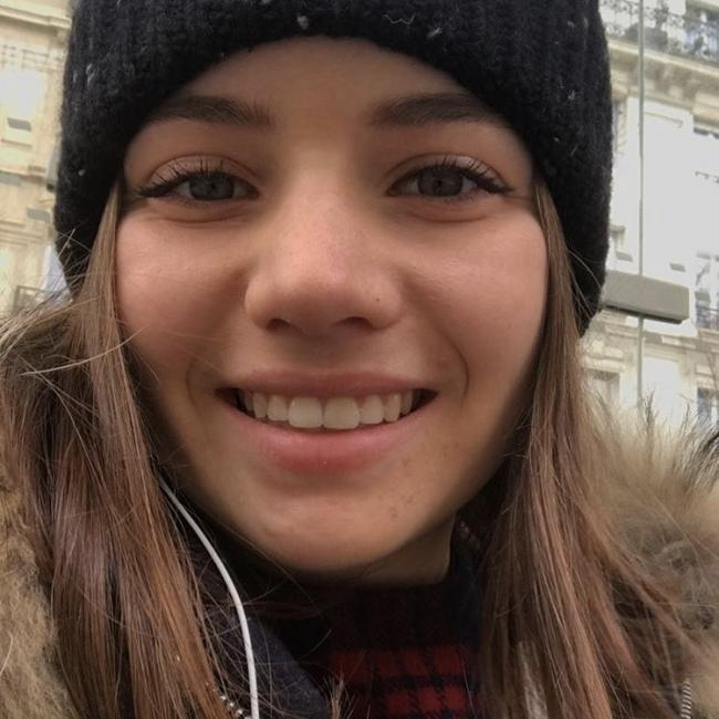 Baby-sitter in Paris: Marie