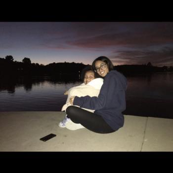 Babysitter Ontario: Laila
