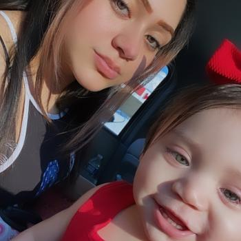 Babysitter in Annandale (Virginia): Tania