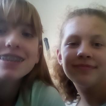 Babysitter Diemen: Gioya en Julia