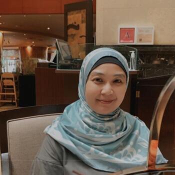 Babysitter Singapore: Noraini
