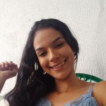 Babá em Fortaleza: Karine