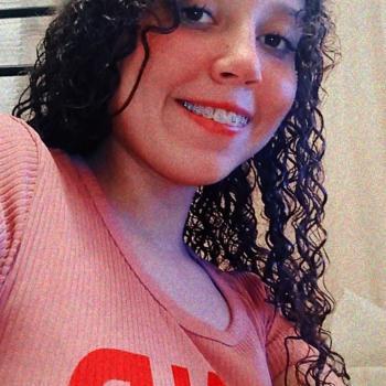 Babysitter São José do Rio Preto: Maynara Carvalho