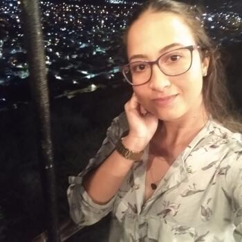 Babá em Caruaru: Aislaine Sabrina
