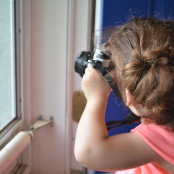 Baby-sitting Toronto: job de garde d'enfants Niki