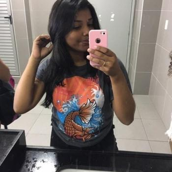 Babysitter Fortaleza: Amanda
