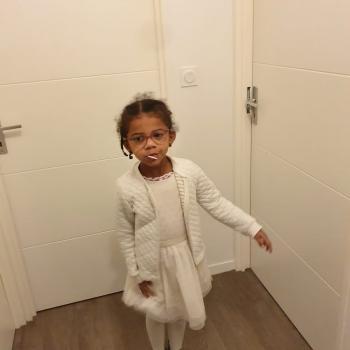 Job de garde d'enfants à Montebourg: job de garde d'enfants Lucile