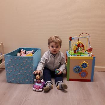 Babysitadres in Perwez: babysitadres Farah
