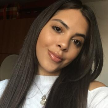 Baby-sitters à Levallois-Perret: Evellyn Silva