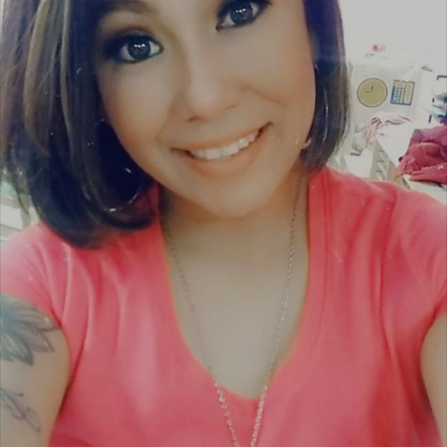 Babysitter in San Antonio: Krystal