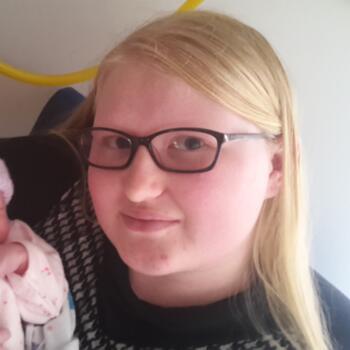 Babysitter in Nelson: Olivia