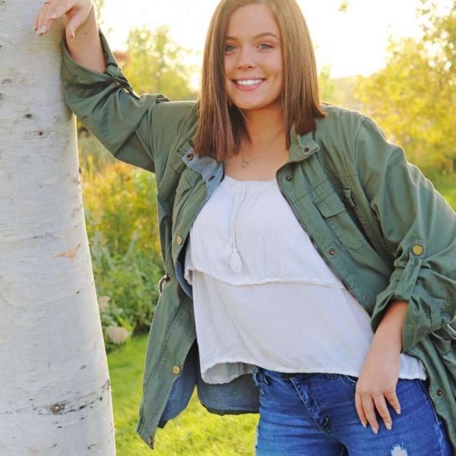 Babysitter in Green Bay: Kelsey