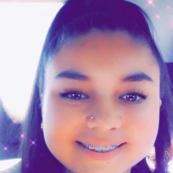 Babysitter Tucson: Angelica