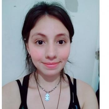Niñera Carapachay: Isabel