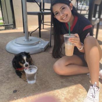 Babysitter in Houston: Isabela