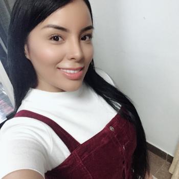 Trabajo de niñera en Medellín: trabajo de niñera Samara