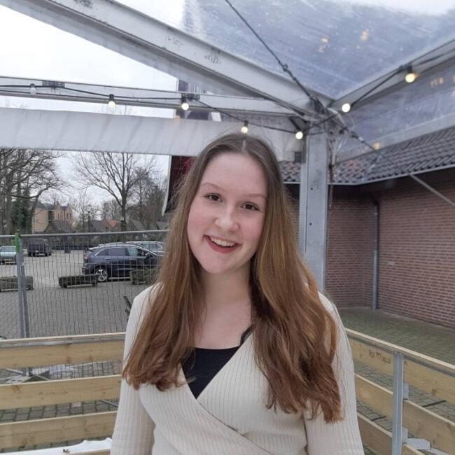 Oppas in Enschede: Leonie