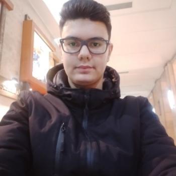 Babysitter Foggia: Matteo