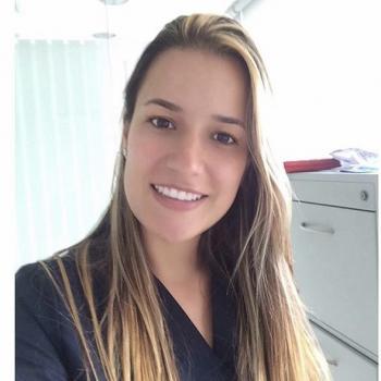 Babysitter Brisbane: Laura