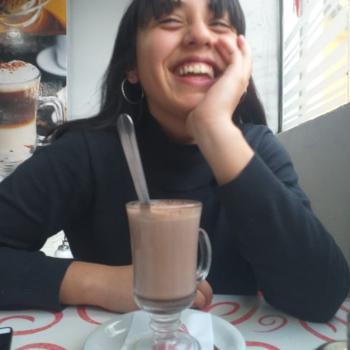 Niñera José C. Paz: Julieta