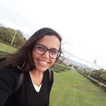 Babysitter em Lisboa: Karine