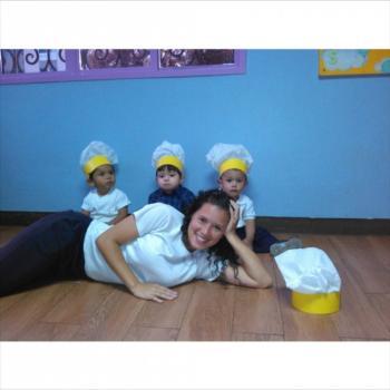 Babysitter Brasília: Daniela