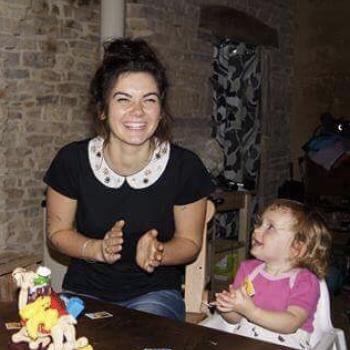 Babysitter Canberra: Nina