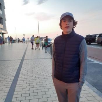 Babysitter in Saint-Gilles: Felix