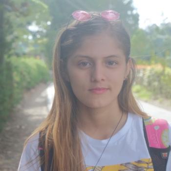 Babysitter Marinilla: Daniela