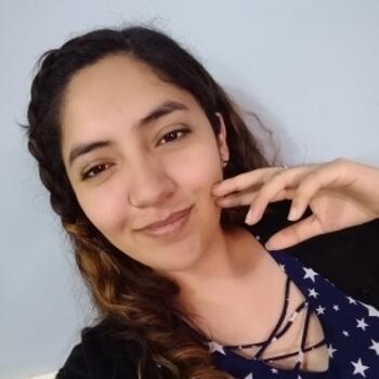 Babysitter in Saltillo: Valeria