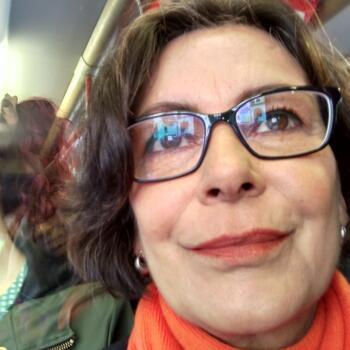 Babysitter in Torres Vedras: Angela