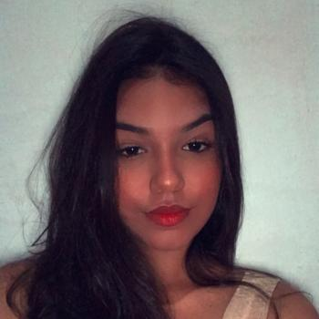 Babá em Caucaia: Mirela