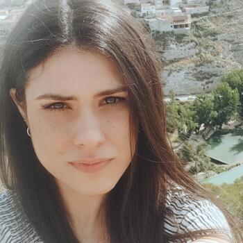 Babysitter in Albacete: Pilar