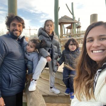 Trabalho de babysitting Almada: Trabalho de babysitting Bárbara