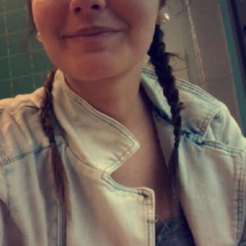 Baby-sitter Mouscron: Eleni Leroy