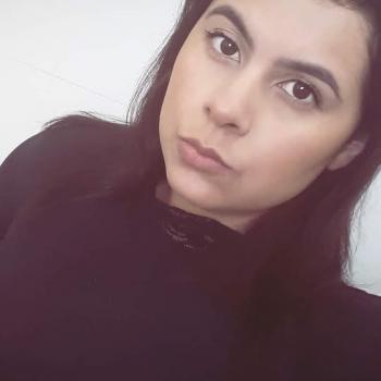 Babysitter Porto Alegre: Camila Dorneles