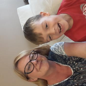 Babysitter em Oeiras: Oksana