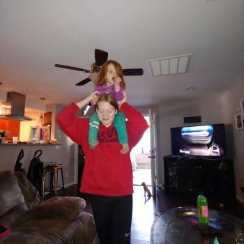 Babysitter Sacramento: Dakota