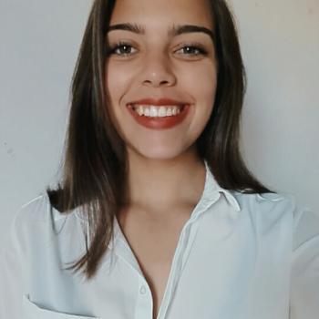 Babysitter em Sintra: Mariana