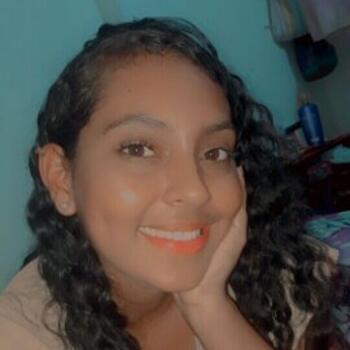 Niñera en Floridablanca: Jennis
