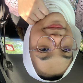 Babysitter in Kampung Baharu Nilai: Adreina